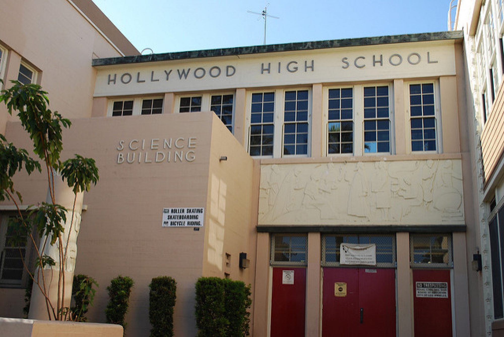 Hollywood HS, Classes of 1961
